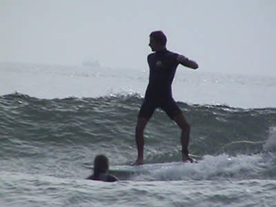 Ben Ellis surfing Lee Bay 1