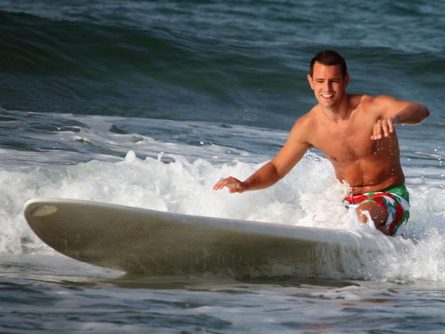 ben_ellis_surfing_crete_5