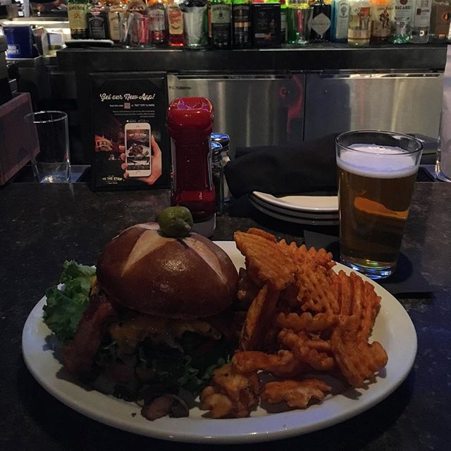 Burger and beer, Vegas style!