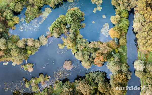 Aerial photo of the autumn colours over the River Stort, Bishops Stortford, England