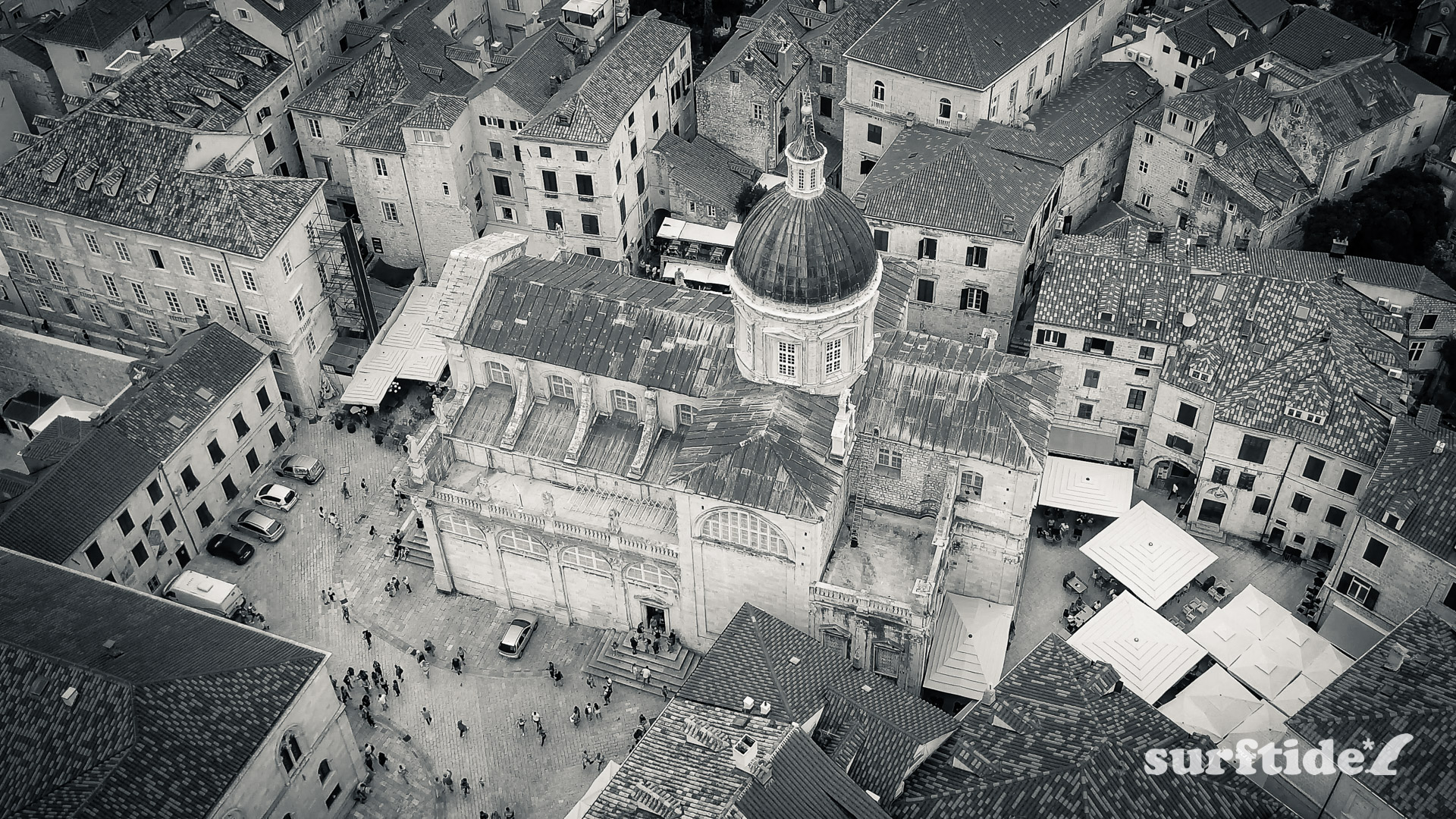 Black and white aerial photo of Dubrovnik Cathedral