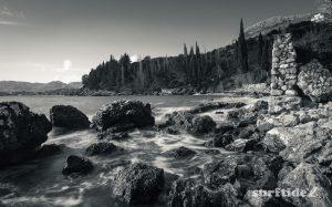 Black and white photo of the Soline coastline