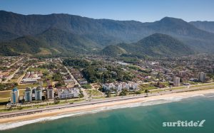 Panoramic aerial photo of the sea, beach and mountains in Massaguaçu, Brazil