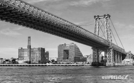 Black & White photo of Williamsburg Bridge